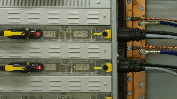 Sicherungen in einer NSHV.